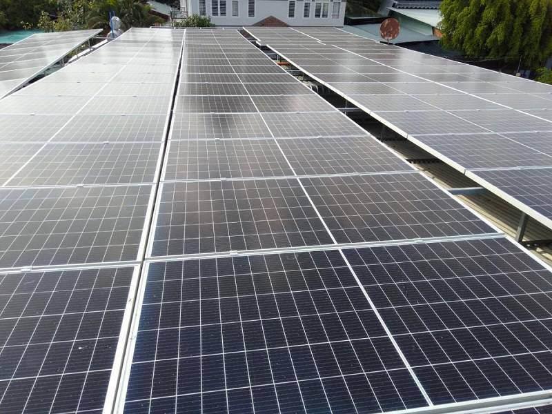 Giá điện mặt trời 2021