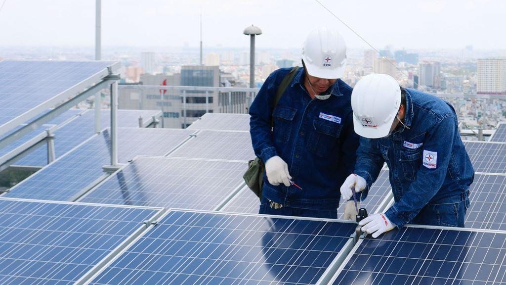 Lắp đặt hệ thống điện năng lượng mặt trời tại Ngô Quyền