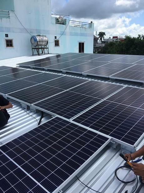 Lắp điện mặt trời tại Đông Triều