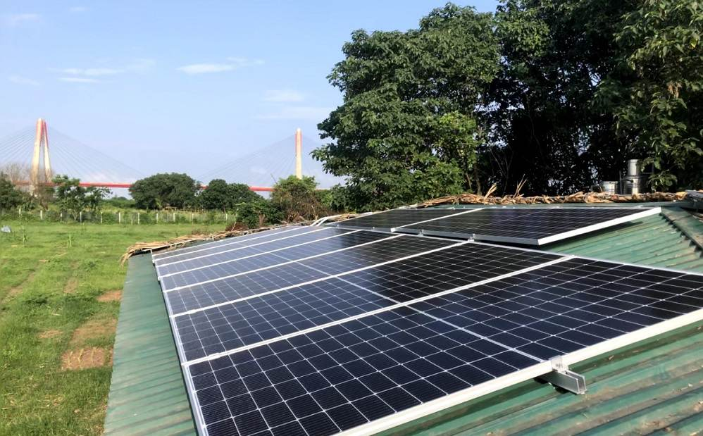 Lắp điện mặt trời độc lập 5kw tại đảo sông Hồng Hà Nội