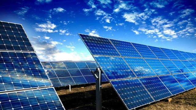 Phủ pin mặt trời kín Sahara