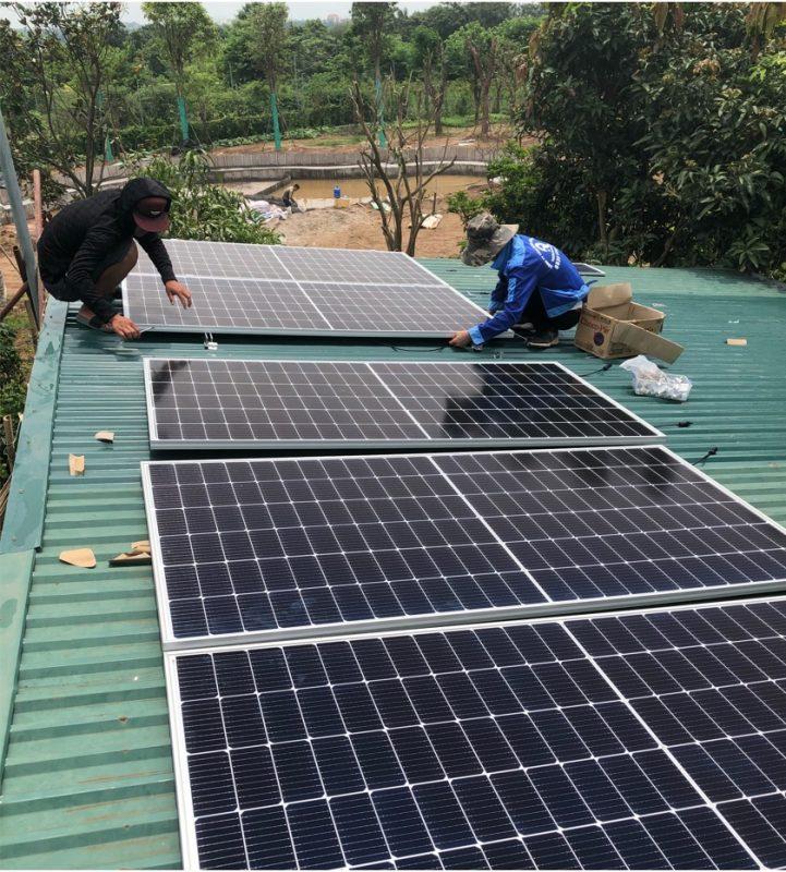 Lắp tấm pin mặt trời tại nhà